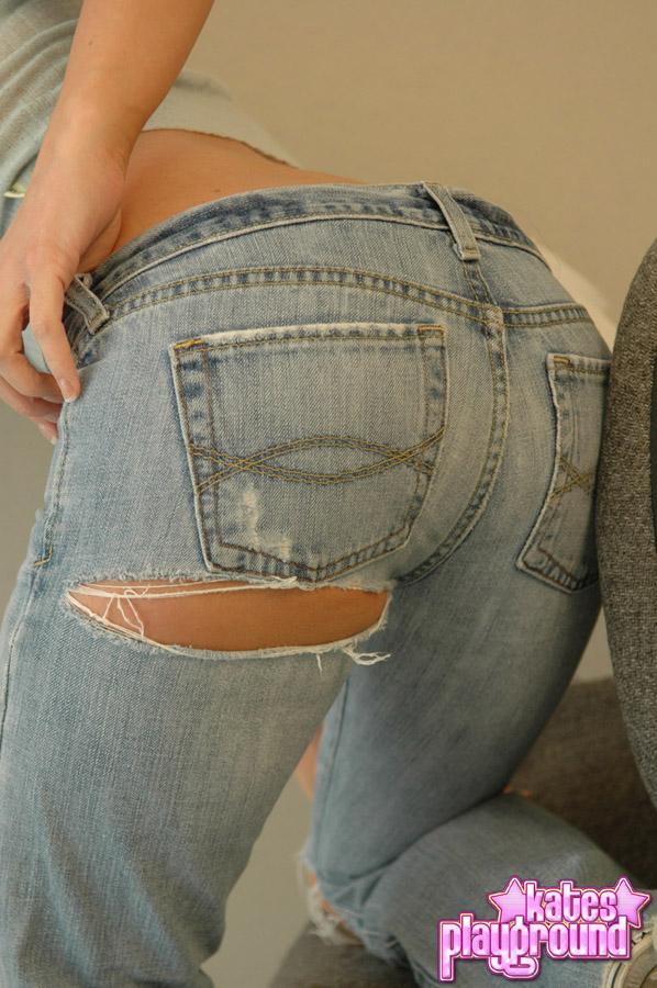 katesplayground-jeansandasweater-003