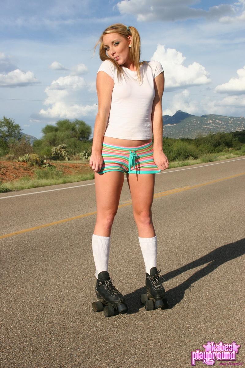 katesplayground-abbie-rollergirl-008