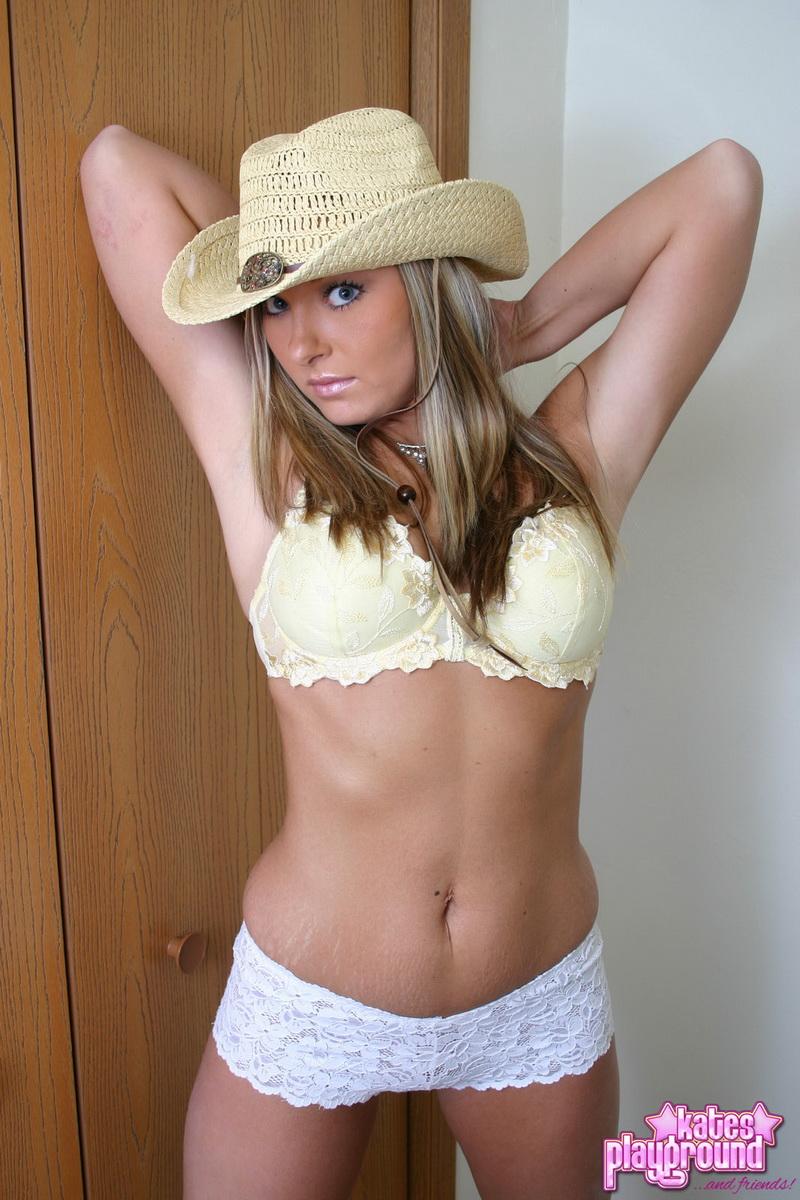 katesplayground-stina-countrygirl-11