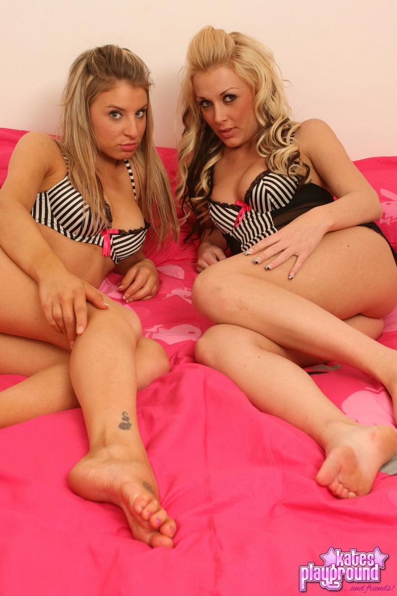 katesplayground-lisabrooke-pinkbowsandstripes-002